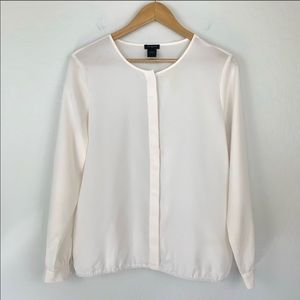 Ann Taylor cream ivory button up blouse me…
